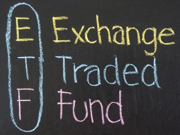 Klicken Sie auf die Grafik für eine größere Ansicht  Name:Erklärung-ETF-Fonds.jpg Hits:3 Größe:276,9 KB ID:2808